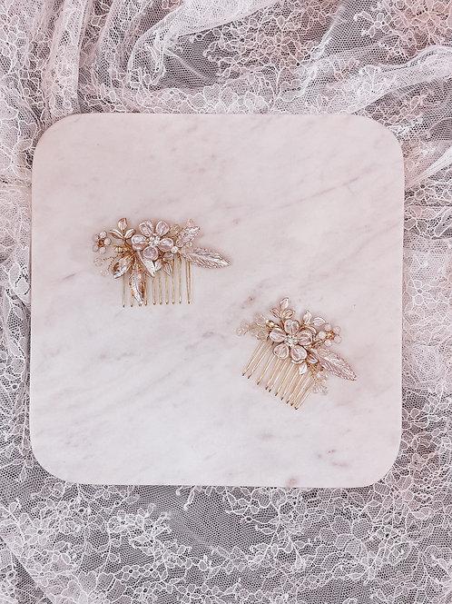 Blushing set of 2 combs