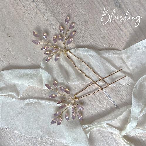 Blushing hairpin set