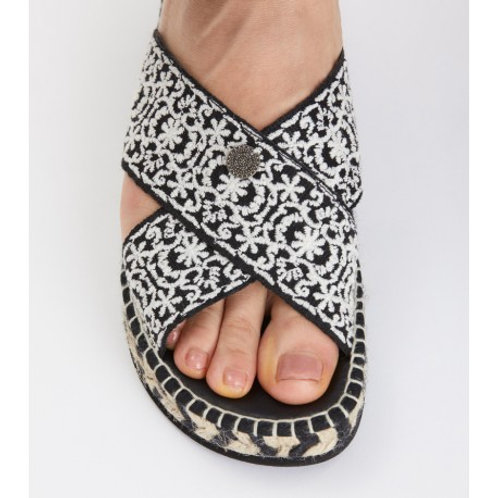 Odd Molly  419F-366 walkability slipper / BLACK