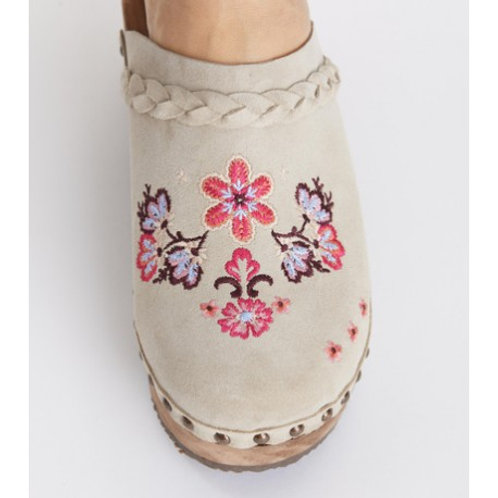 Odd Molly  219F-419 suede clogs of heart / SAND