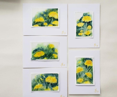 Tiny watercolor dandelions