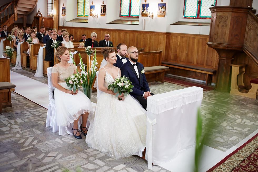 Kościoł Podwyższenia Krzyża Świętego Olecko - fotografia ślubna
