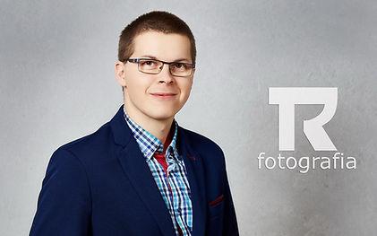 Tomek Romotowski, fotograf Olecko, Ełk, Suwałki, fotografia ślubna, portretowa