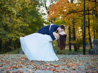 zdjęcia ślubne jesienią Olecko