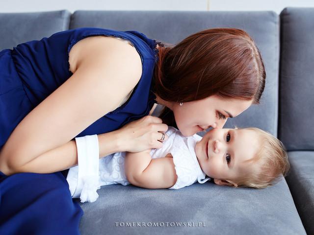 mama z dzieckiem chrzest
