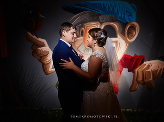 profesjonalna fotografia slubna Olecko, zdjęcie nocą na weselu