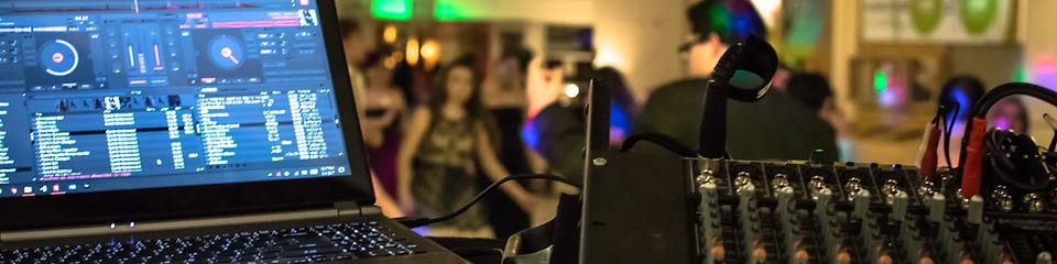 Full DJ Service
