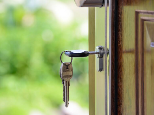 7 Questions to Ask Yourself When Considering When to Downsize
