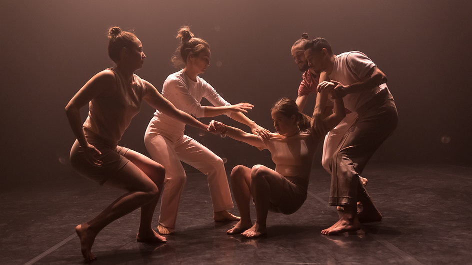 Deux performances à voir à l'Agora de la danse en mars - Phenomena + Dialogue