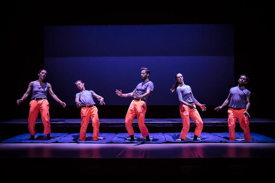 GROUND - Corps + Gravité à l'Agora de la danse