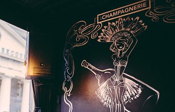 La Champagnerie, bar à sabrage - Une adr