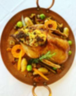 Canard entier à la façon d'Helena, farce aux figues et saucisses portugaises - Recette d'Helena Loureiro