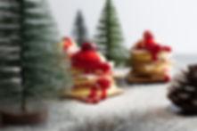 Sapin de Noël à la mousse de mascarpone, coulis de canneberges d'Inès Gauthier