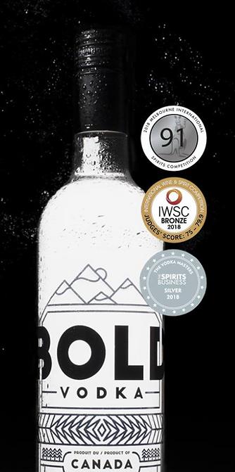 BOLD vodka - bouteille et médailles
