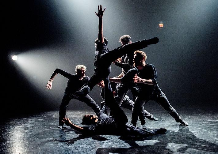 Agora de la danse_Dialogue