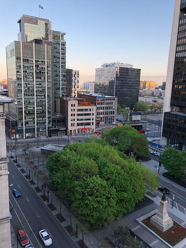 W Montréal - Vue sur le Square Victoria