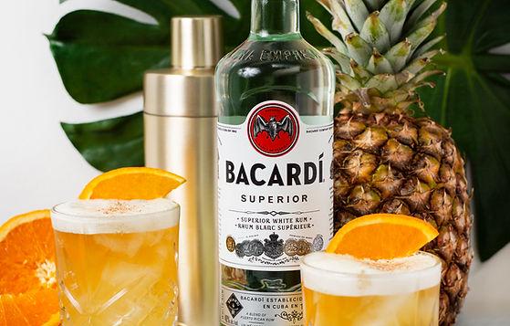 Célébrez la journée nationale du punch avec Bacardi - Recette d'un parfait cocktail pour les festivités
