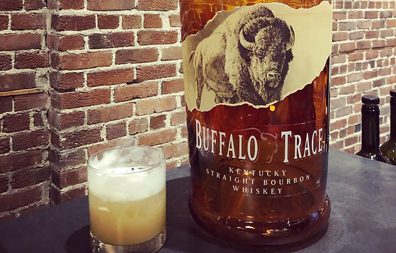 Buffalo Trace Kentucky Straight Bourbon Whiskey - Un hommage aux buffles qui ont tracé la voie aux pionniers américains