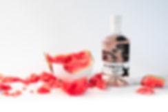 romeo's gin X l'art féministe de Miss Me - L'anti gin rose aux effluves de melon d'eau