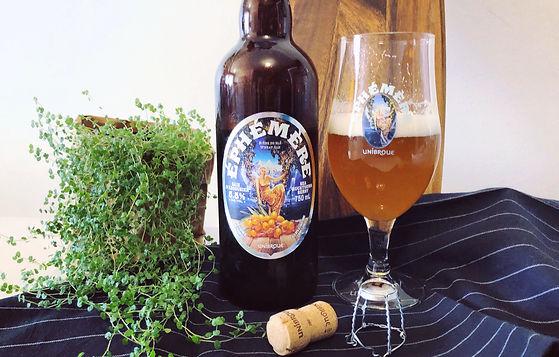 Nouvelle Éphémère à la baie d'argousier - Une bière saisonnière de type belge, aux petits fruits rustiques d'ici