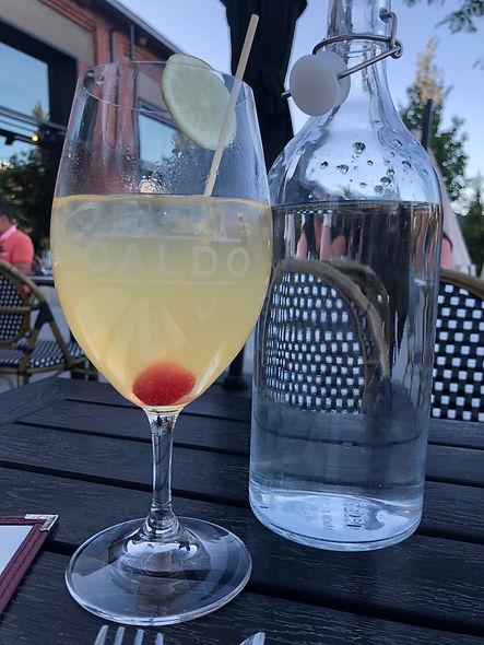 Pizzeria Caldo_Cocktail - Sangria blanche