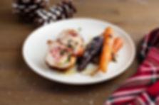 Roulades de poulet au bocconcini, carottes rôties en neige de parmesan d'Inès Gauthier