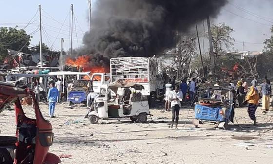 Vehicle Bomb Blast Kills 90 In Mogadishu