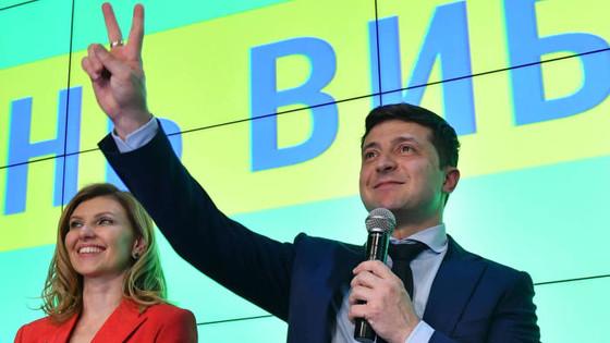 Ukraine's Elite Political Establishment Humiliated As Political Rookie Volodymyr Zelensky Wins P