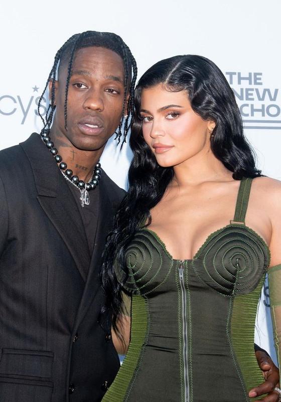 Kylie Jenner Finally Confirms Second Pregnancy