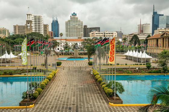 Kenyans Cast Their Ballots