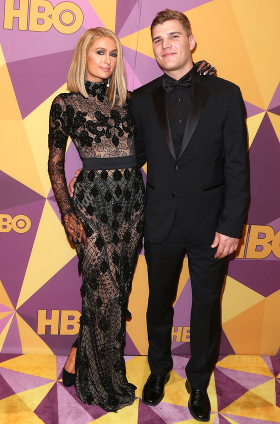 Paris Hilton Cancels Engagement To Chris Zylka