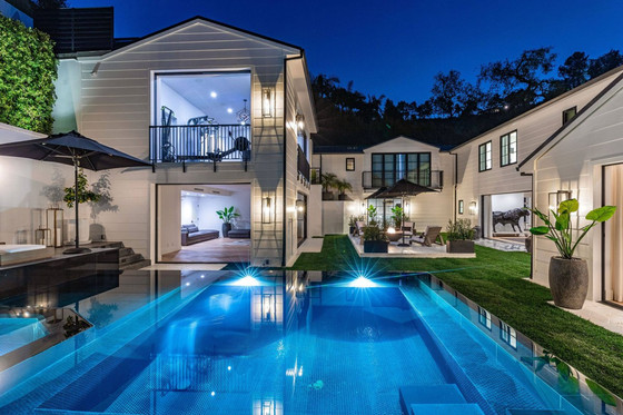 Rihanna Purchases Fourth Home In Los Angeles For $13.95 Million
