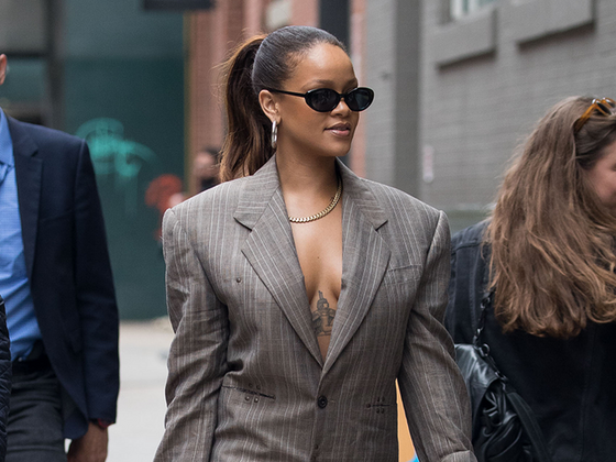 Rihanna To Launch Fashion Label With Moët Hennessy Louis Vuitton Group