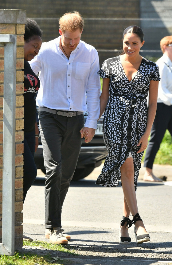 Prince Harry And Duchess Meghan Markle Arrive In Cape Town