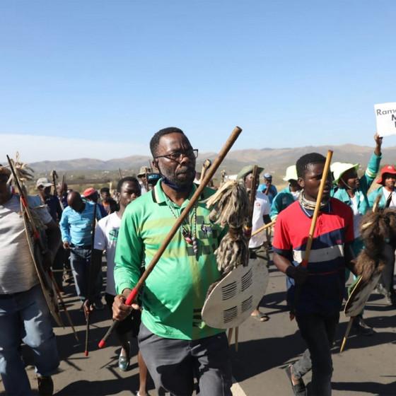 """""""Zulu Warriors"""" Vow To Thwart Jacob Zuma Arrest"""