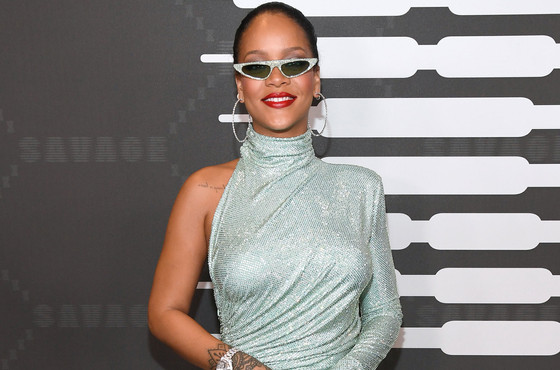 Rihanna Signs Deal With Sony/ATV Music Publishing