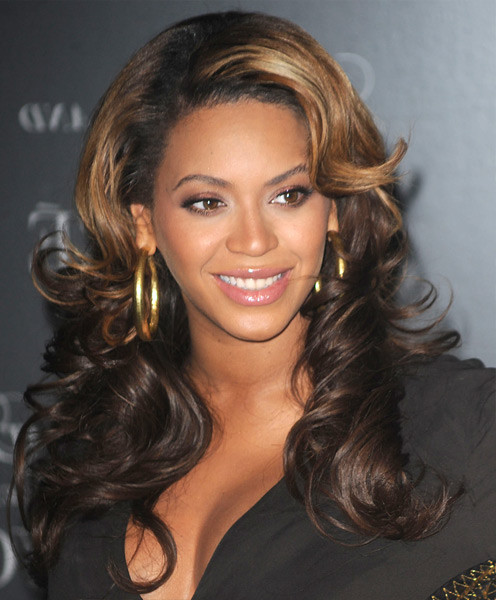 Beyoncé Becomes Top Female Artist Grammy Award Winner
