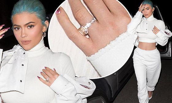 Photo Of Kylie Jenner Showing Off Massive Ring Again!