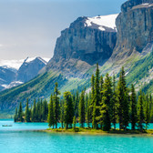 British-columbia-mountains_GR.jpg