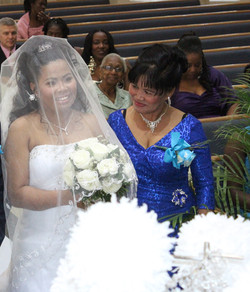 Picture of joanna and mom on wedding day.jpg