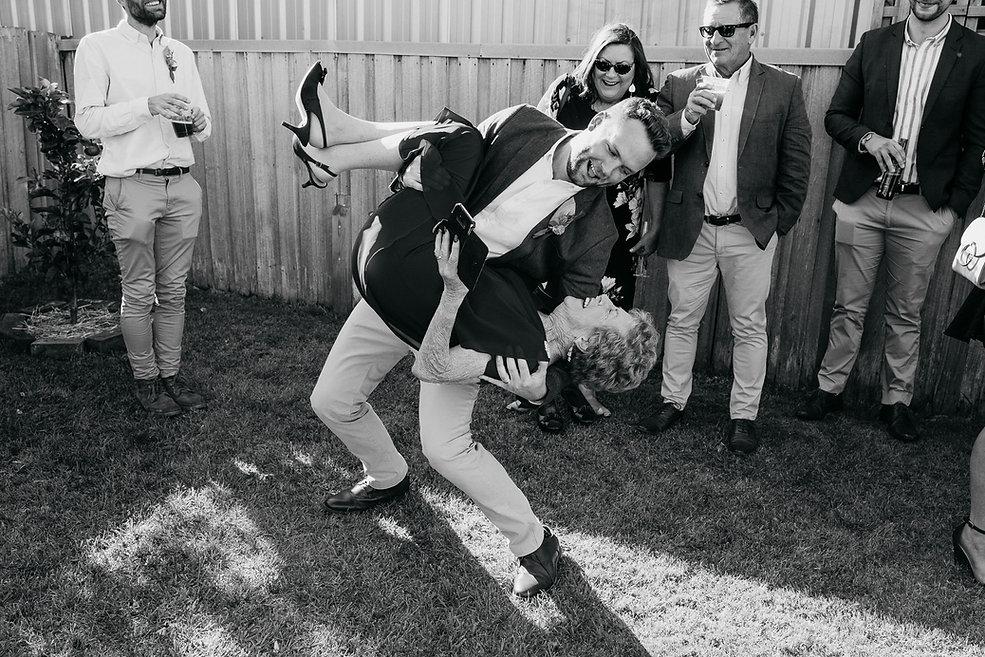 Nina Hamilton-Tasmanian Wedding Photogra