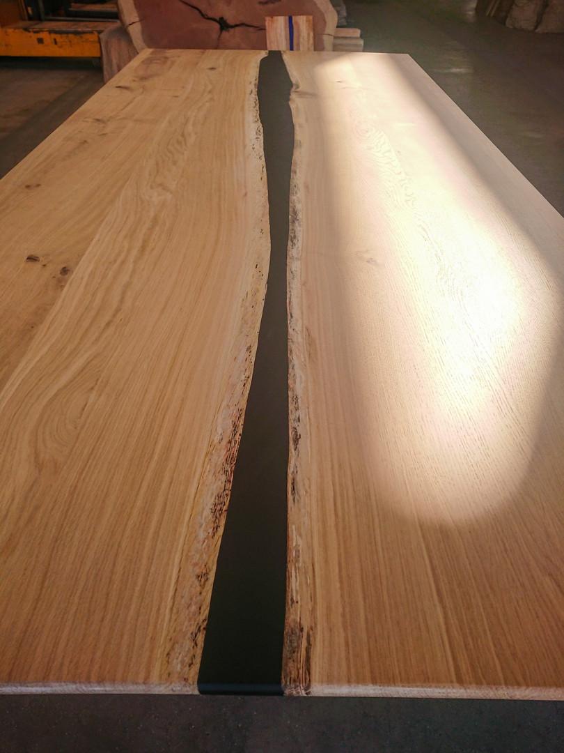 Résine epoxy noir et chêne massif