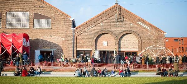 Hal 5 Leuven duurzame plek terras vegan voeding pluktuin