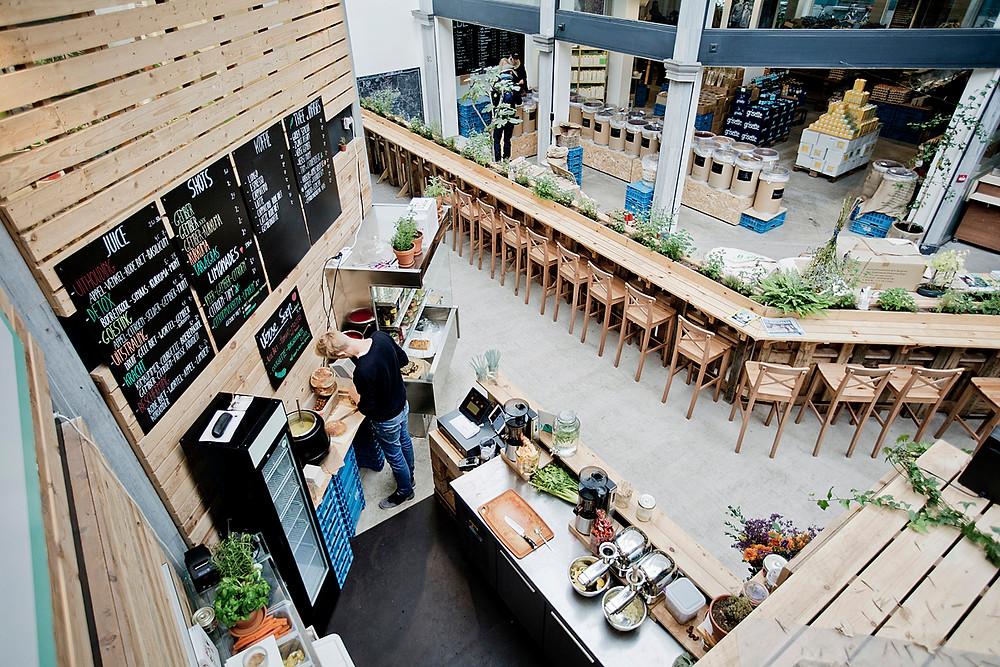 Be O Market, zero waste shop, coffee and tea corner, Miuxua