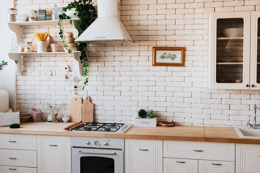 zero-waste kitchen and zero-waste tools like reusable loofah