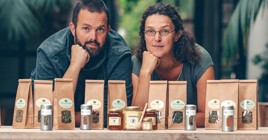 honing, honingproducten en natuurlijke thee en theekruiden vlaanderen Bee at den hof