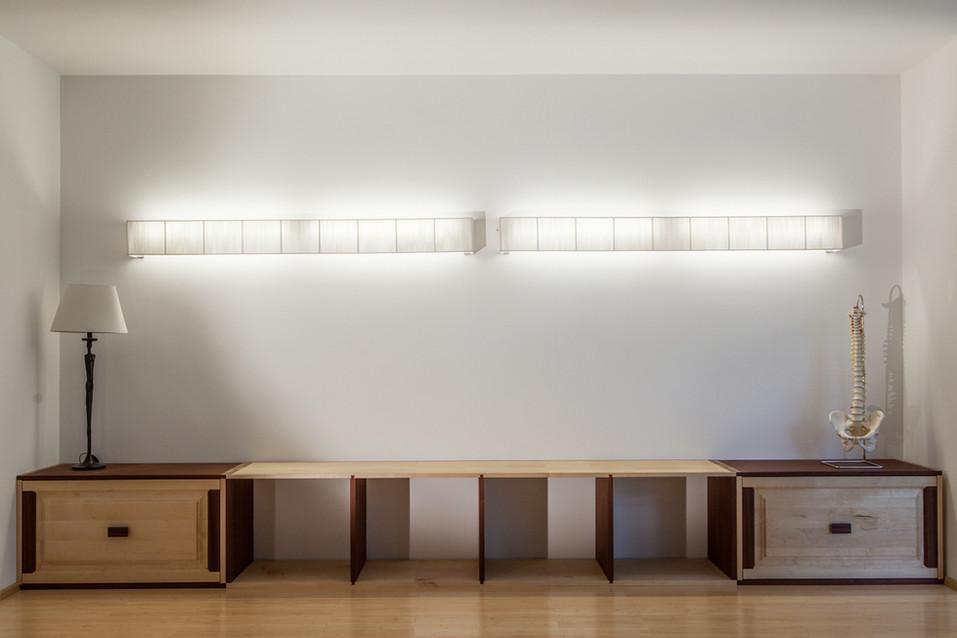Moderne Sitzbank