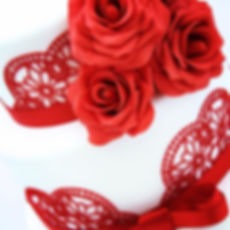 Red Roses and Lace Wedding Cake Sussex