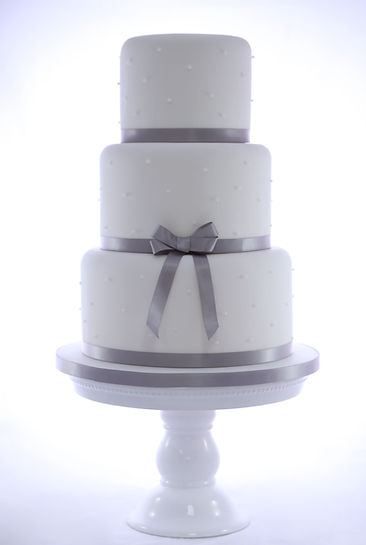 Pearl Wedding Cake finished with Satin Ribbon