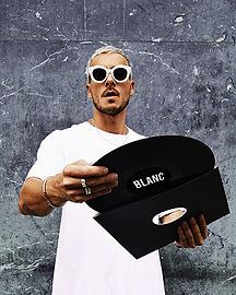 Blanc 400x500px.png